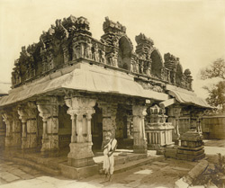 Front view of the main mandapam and stone ratham, Chennakesavasvami Temple, Sompalle, Madanapalle taluk, Cuddapah district